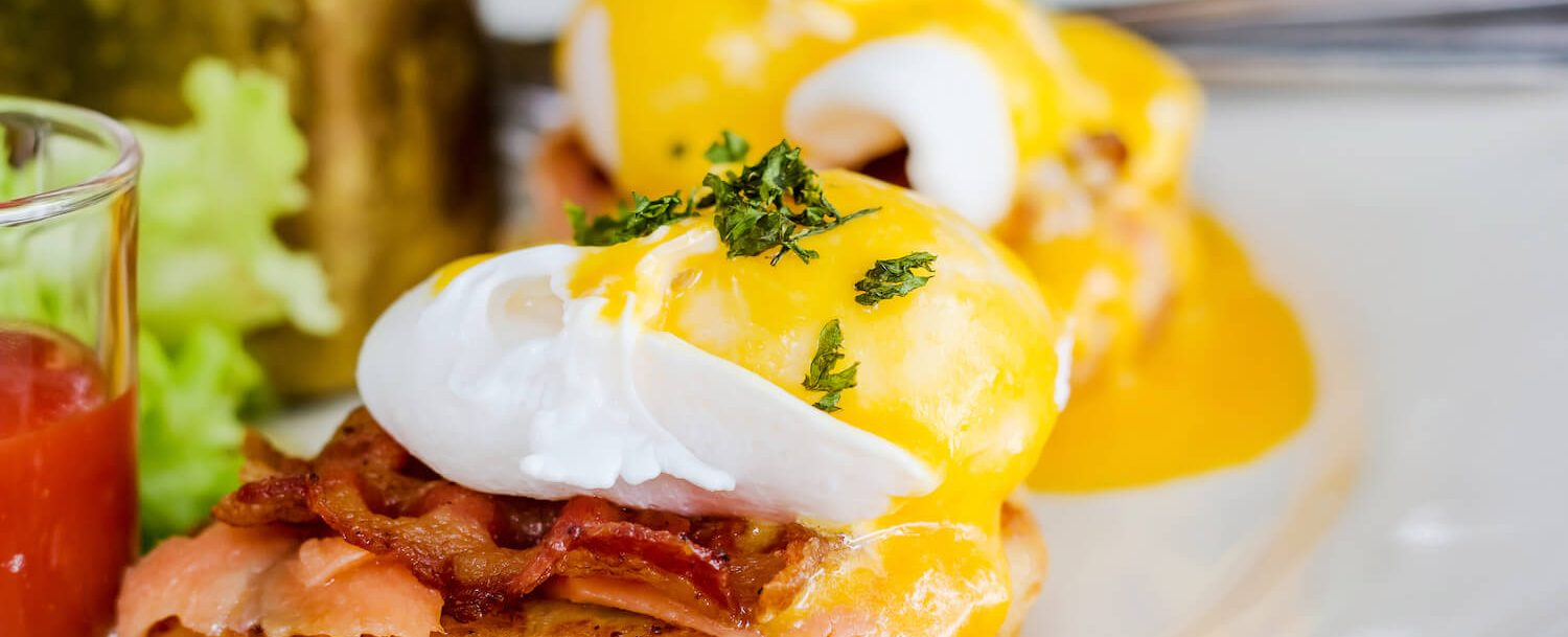 eggs benedict; Where to Have Brunch